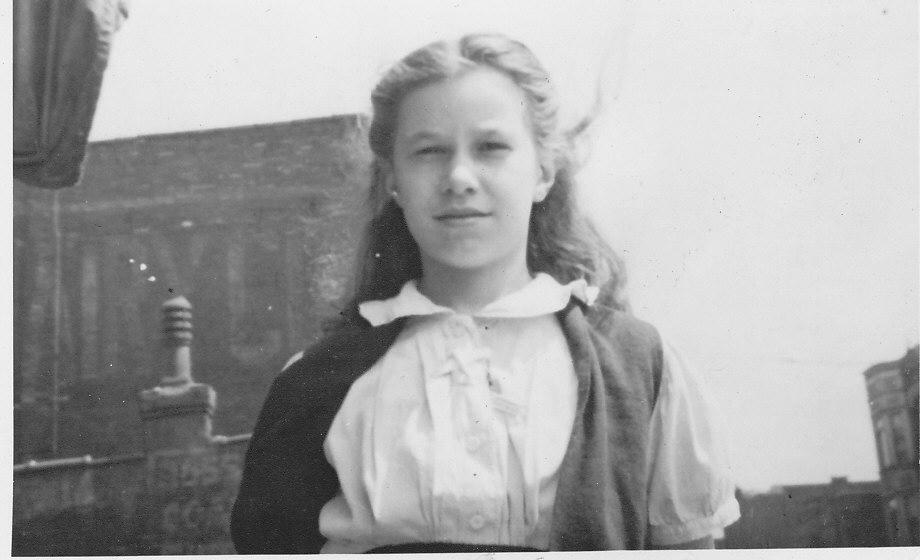 15 Corinne aprox 1943 -