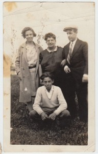 Elvira Ciolli in center.  Antonio Del Principe far right.